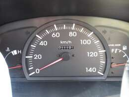 走行1110Iキロ☆内・外装クリーニング済み!キレイなお車です☆