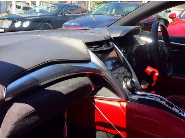 買取実績が裏付ける高額査定に自信があります !輸入車専門店のロッソ・アーレアでは、国産・輸入メーカーのあらゆる車種を網羅しています。お車の無料出張査定・売却のご相談なら、ロッソ・アーレアにお任せください