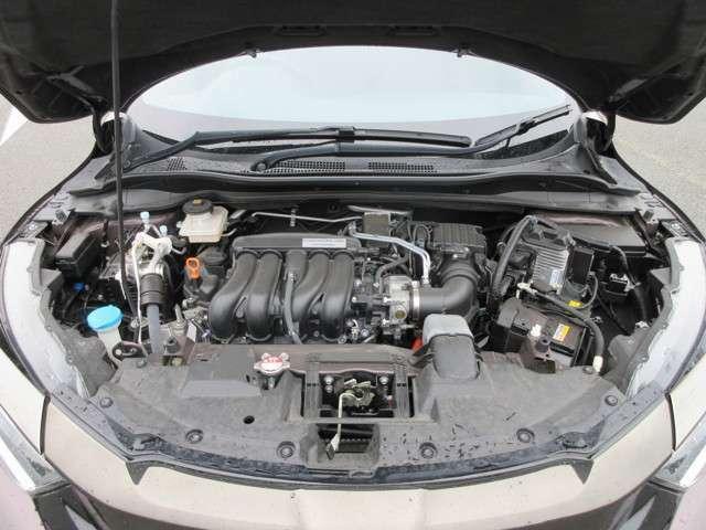 エンジンルーム内の写真です。 もちろん故障箇所、 要修理箇所などございません! 納車までに再度しっかり点検いたしますので、安心してお乗り頂けると思います♪