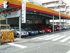 全車屋根付き展示場ですので、常に良好な状態の車ばかりです。