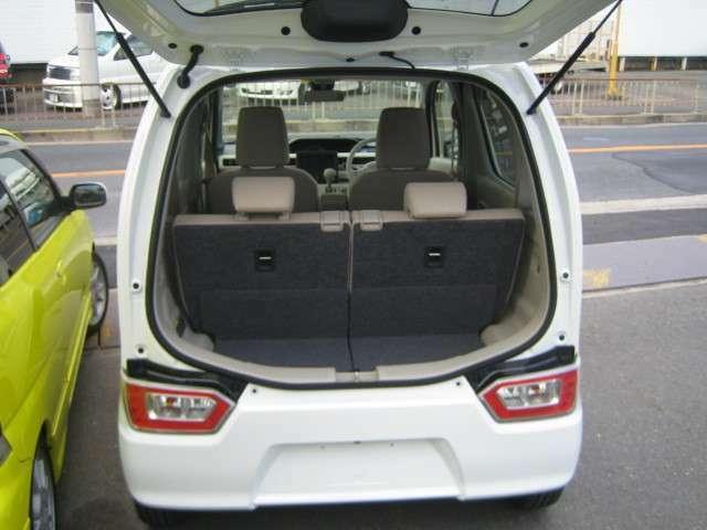 最新新車ハイブリットがこの価格新しいデザイン使いやすいサイズ燃費もGOODお好きな色グレード&オプション選べますナビバックカメラオプションも○ートバック○よりも安く付きます