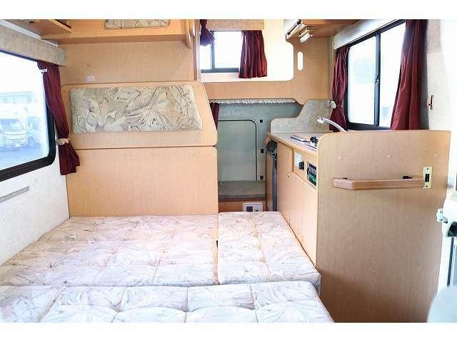 ダイネットベッド展開時ベッドサイズ190×125