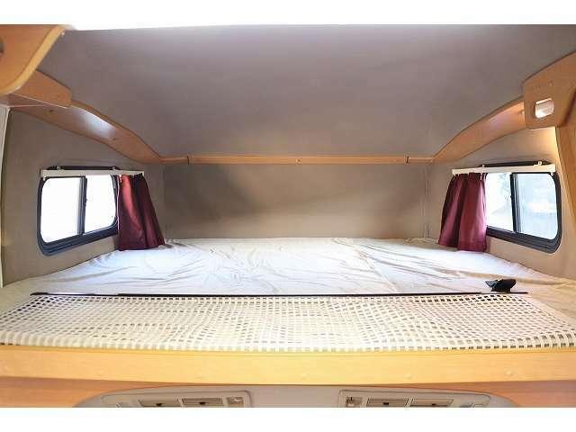 バンクベッドベッドサイズ180×180