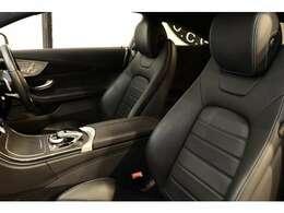 1オーナーならではの綺麗な状態が維持されたブラックレザーARTICOシートを設定!メモリー機能付きパワーシート、前席シートヒーター、ランバーサポートなど多機能設計でカーライフをサポート致します!