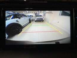 純正のバックカメラももちろん使用できます。グレードUPで舵角センサーも使用できるようになります。