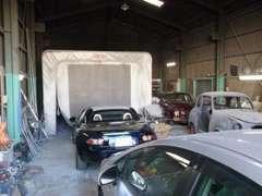 一般修理、板金、塗装レストレーション等の作業も行います。