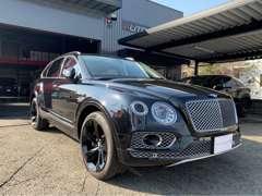 当店は、輸入車から国産まで豊富に取り扱い致しております。