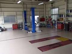 車検・修理・鈑金塗装など、全てオートハンズでサポートしております。誠心誠意、全力でお客様のカーライフをサポート致します!