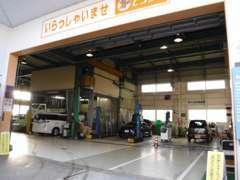 ◆指定工場完備◆国産、輸入車問わず、整備は当店にお任せください!