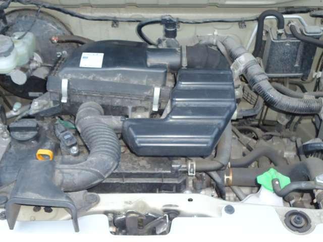 タイミングチェーンが燃費に貢献し、切れる心配がないため余分な出費が抑えられます。