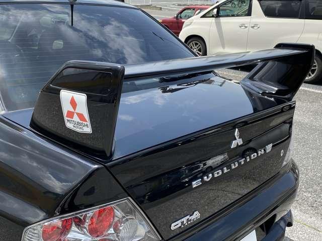 【大型リアスポイラー装着】GTAには本来小型化されたリアスポイラーが装着されますが、オプションで大型リアスポイラーの選択も可能!