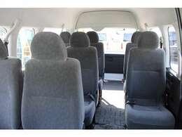 2011年7月登録/型式:CBA-TRH224W/3ナンバー(普通乗用車)/2年車検/2700cc/ガソリン車/2WD/10人乗り/★普通免許で運転が可能です。