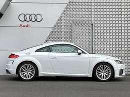 Audi認定中古車とは…100項目にもおよぶ厳しい検査をクリアし、確かなメンテナンスが施された、プレミアムブランドとしてふさわしい1台をお手元にお届けします TEL04-7133-8000 担当 :布施 / 佐藤