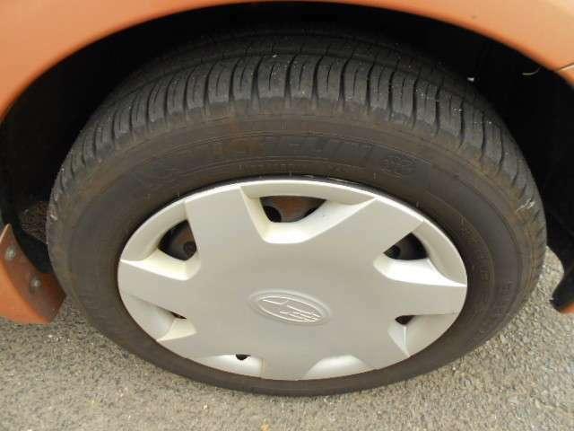 タイヤは4本とも溝しっかりあります(^^♪