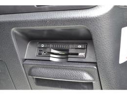 ETC車載器は、ビルトインですっきりと納まっています。