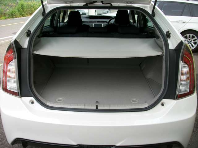 【比べてお得!!】マイカー横綱くんでご購入されたお車には、全車安心6ヶ月無料保証!エンジン、ミッションさらには、ガラス系ボディコーティング付き!総額70,000円相当のサービスをさせていただいております。