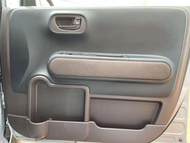 運転席窓操作部の画像です