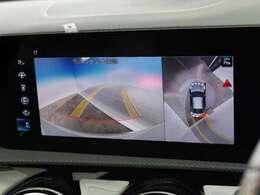 ●360度カメラシステム搭載車です!まるで真上から見ているかのようなカメラでバックカメラも付いてますので安心感満載です!!