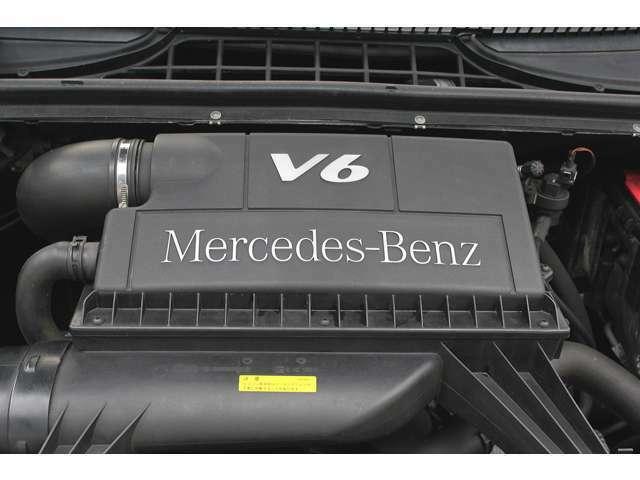 ■出力258ps(カタログ値)■トルク34.7kg(カタログ値)■V型6気筒DOHC■エンジンルームも綺麗に磨かれており、エンジン下のオイル漏れも御座いません。■