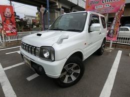 スズキ ジムニー 660 ランドベンチャー 4WD 5MTターボ 背面タイヤ