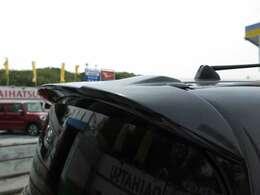 カロッツェリアナビ・バックカメラ・TV・インテリキー・ETC・HIDヘッドライト・クルーズコントロール・3列シート・オートエアコン・ウィンカードアミラー☆大人数乗れるコンパクトカーはいかがですか?