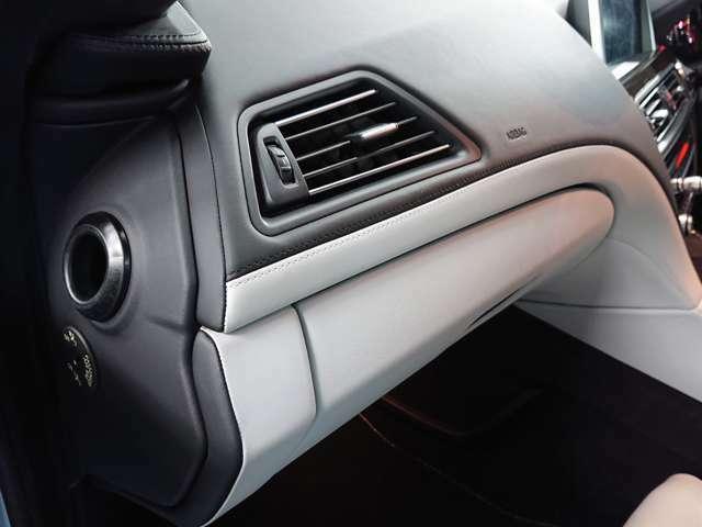 全車屋内にて展示しており、雨の日でも天候を気にすることなくゆっくりと現車確認ができます。