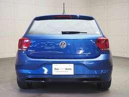 パークディスタンス付きでバックをサポート・バックフォグランプ付きで霧中運転での後突を防止。