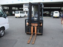 トヨタ フォークリフト 3mマスト シングルタイヤ オートマチック車