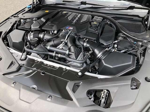 ◇V型8気筒DOHC Mツインスクロールツインターボ搭載のエンジン!◇