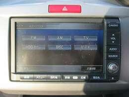 HDDインターナビです!道案内はこちらにお任せ☆TV・ブルートゥース機能はもちろんCD録音・DVD再生もできちゃいます!ドライブが楽しくなりますね♪