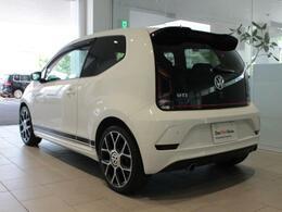 カタログ燃費、JC08モードは21,0km/Lと高パフォーマンスで、自動車税も年間29,500円と、たいへん経済的なおクルマです。