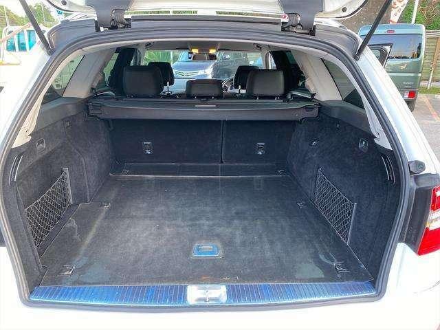 【ラゲッジスペース】大容量のスペースを確保。様々なものがつめて、ドライブが楽しくなりますね♪