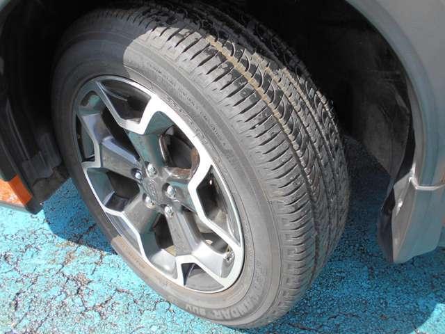 タイヤはヨコハマ製ジオランダー付き!!タイヤ山は8~9分山あり!!新品&スタッドレスタイヤも格安海外品から国産品まで各種取り扱えますので交換ご希望の方はお気軽にご相談下さい!!!