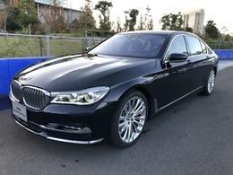 BMW 7シリーズ M760Li xドライブ V12 エクセレンス 4WD 20インチアロイ