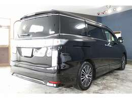 H26 エルグランド 4WD VIP ナビ BOSE アラウンドビュー フリップダウンモニター 黒革シート サンルーフ レーダークルーズコントロール 踏み違い防止 両側オートスライド パワーバックドア