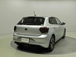 認定中古車です。世界基準の厳しい品質チェックにより選び抜かれたDas WeltAutoの車両は、年式、距離に応じて3つの商品にセグメンテーションされています。