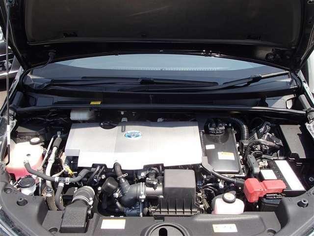 1800cc直列4気筒エンジン+モーター搭載 納車前に点検整備致します