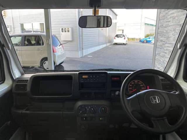 運転中広い窓だと安心ですね!