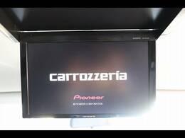 カロッツェリアフリップダウンモニターを装備しておりますので後部座席の方も映像をお楽しみいただけます♪