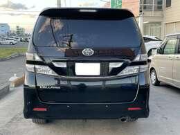 バックカメラ付きの車両なので車体大きくても駐車安心ですね!!