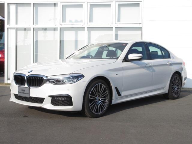 当社の車を見ていただき有難うございます。BMW認定中古車ですのでご購入後は新車購入時と同じアフターサービスを受けていただけます。