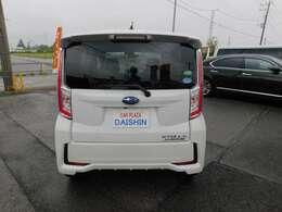 ポリマーはもちろんボディの表面に薄いガラスの膜を覆うガラスコーティングもお勧めです汚れやキズが付きにくく、車の艶を長期間維持することが出来ます。お手入れは水洗いだけでOK