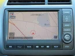 HDDナビではフルセグTVやDVDを観ることができます。CDで音楽を聴きながらのドライブも楽しいですね。