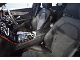 クオリティの高い状態が維持されたブラックレザーARTICO/DINAMICAシート!メモリー機能付パワーシート、シートヒーター、ランバーサポートなど多機能設計でドライバーをアシストします!