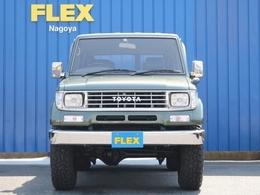 DIESELグリーンはFIAT500の特別仕様車の色でイタリアブランドのDIESELとコラボした際に作られた色となります。この色の78プラドは一台も見たことがありませんので唯一無二の存在になれますね♪