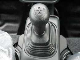 ☆5速マニュアルトランスミッション☆操作性も良く、運転しやすいですよ♪