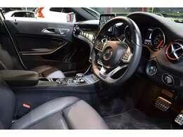 2017年4月登録 後期モデル キーレスゴー ECO機能 レーダーセーフティPKG 黒革 シートヒーター パノラマサンルーフ