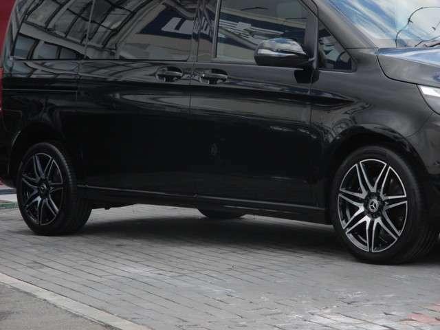 19インチAMG7ツインスポークアルミホイール タイヤサイズ:245/45R19(フロント・リア) Mercedes-Benzロゴ付ブレーキキャリパー&ディスク(フロント) AGILITY CONTROLサスペンション BAS(ブレーキアシスト)