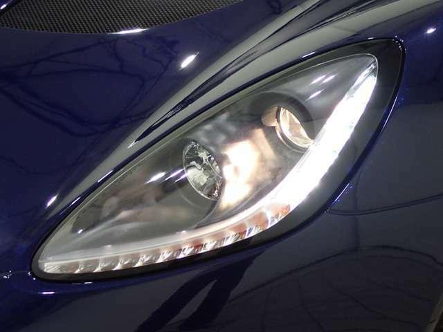 真のライトウェイトスポーツカー、ロータス「エリーゼ(ELISE)」