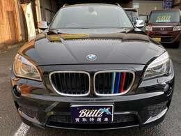グレードは、スポーティなルックスと高級装備で人気のsDrive18MスポーツPKGです!色も人気のブラックです!